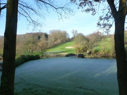 Der erste Frost am Golfplatz
