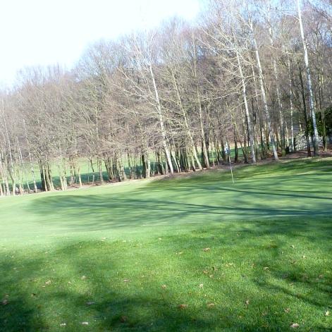Am Golfplatz so weit das Auge reicht