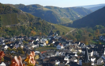 Blick in Tal zu Dernau