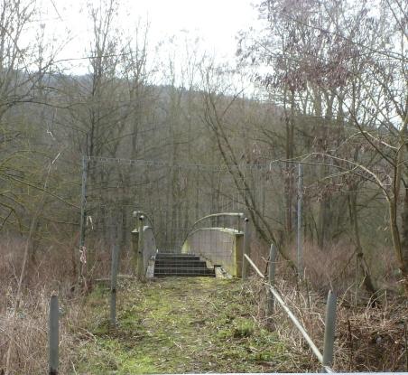 Die defekte Brücke über der Ahr aber dafür ist kein Geld da
