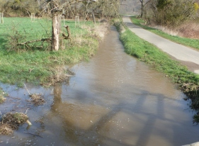 Überschwemmung an der Ahr überall