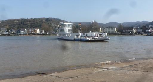 Fährschiff nach Linz